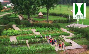 Jardin remarquable d voilement d une plaque au jardin for Jardin remarquable 2015